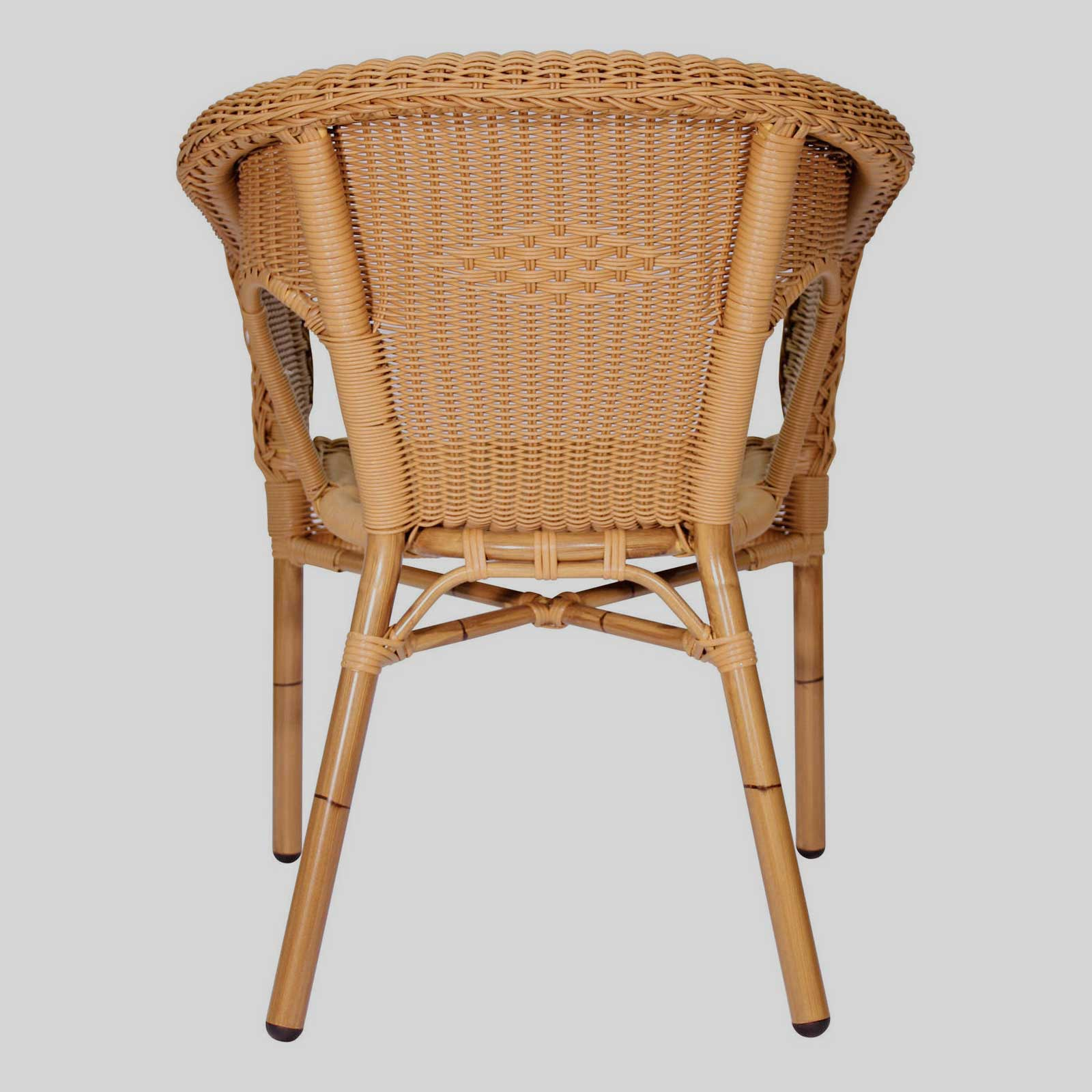 outdoor wicker chairs
